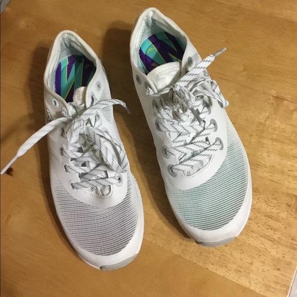 39195c98eb6151 Varsity Ascend Cheer Sneakers